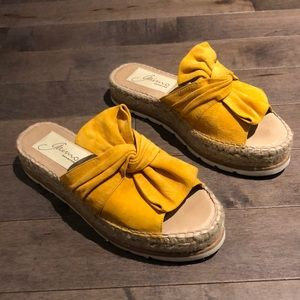 Gaimo Espadrilles yellow suede bow